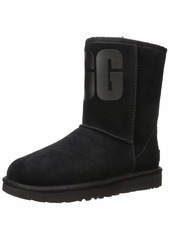 UGG Women's Classic Short Rubber Logo Fashion Boot   M US