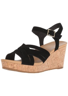 UGG Women's Uma Wedge Sandal  7 M US