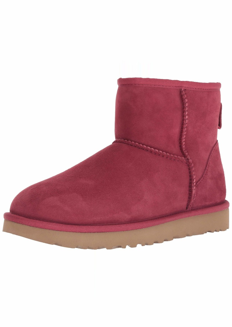 UGG Women's W Classic Mini II Fashion Boot   M US