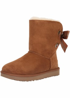 UGG Women's W CUSTOMIZABLE BAILEY BOW SHORT Fashion Boot chestnut  M US