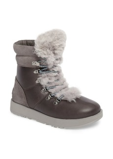 UGG(R) Viki Waterproof Boot (Women)