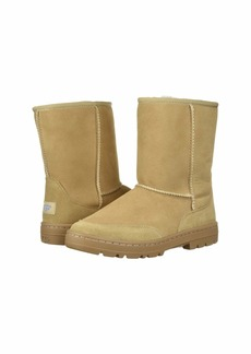 UGG Ultra Short Revival