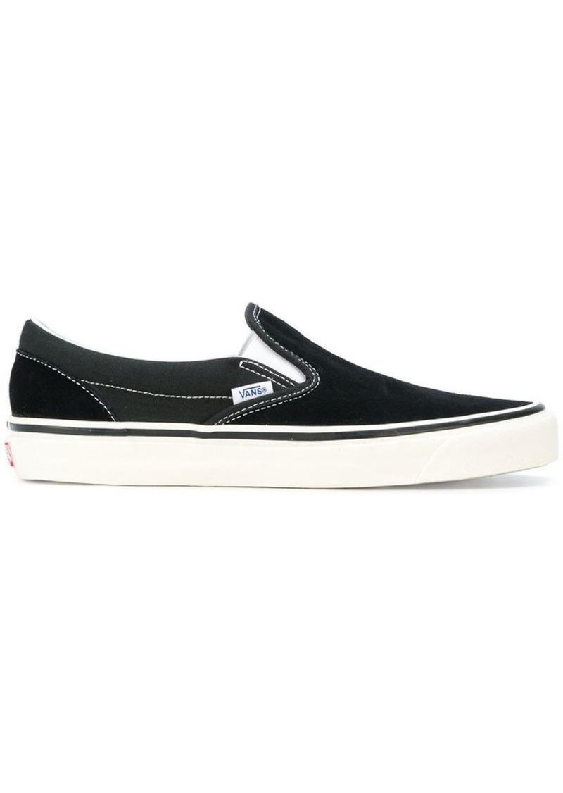 Vans Classic slip-on 98 sneakers