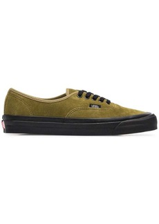 Vans green 44 DX suede leather low-top sneakers