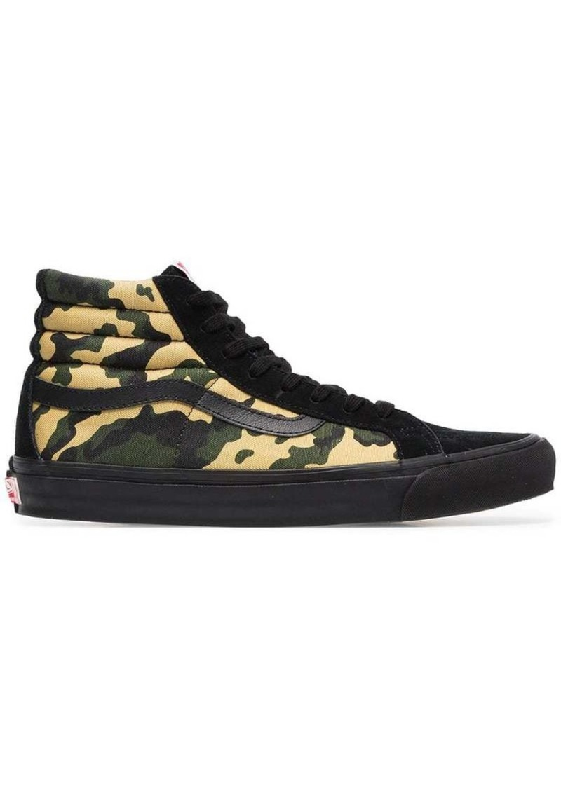 c3e1759ac12e Vans green and black Sk8 Hi camouflage cotton high top sneakers