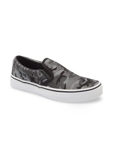 Vans Classic Camo Slip-On Sneaker (Big Kid)