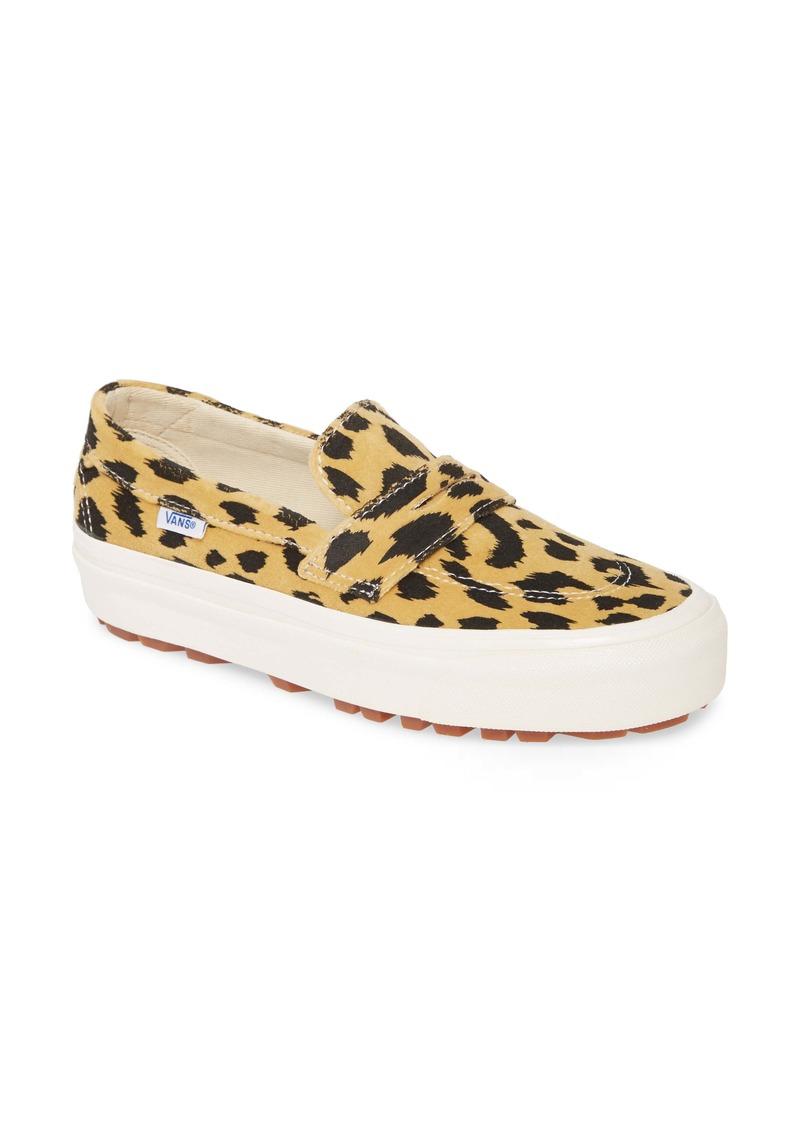 Vans UA 53 DX Sneaker (Women)
