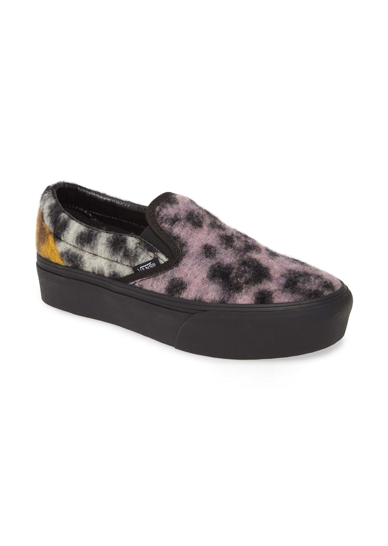 Vans UA Classic Platform Sneaker (Women)
