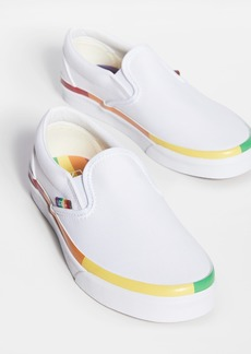 Vans UA Classic Slip-On Sneakers
