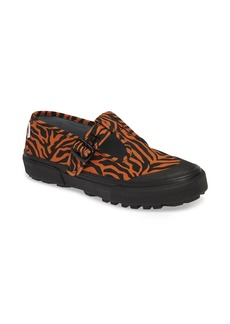Vans x Ashley Williams Style 38 Tiger Sneaker (Unisex)