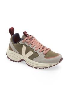 Women's Veja Venturi Sneaker