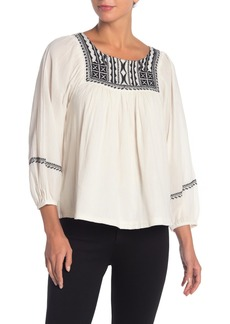 Velvet by Graham & Spencer Vanna Embroidered 3/4 Sleeve Peasant Top