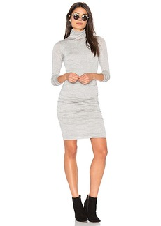 Velvet by Graham & Spencer Lordes Midi Dress in Light Gray. - size L (also in M,S)