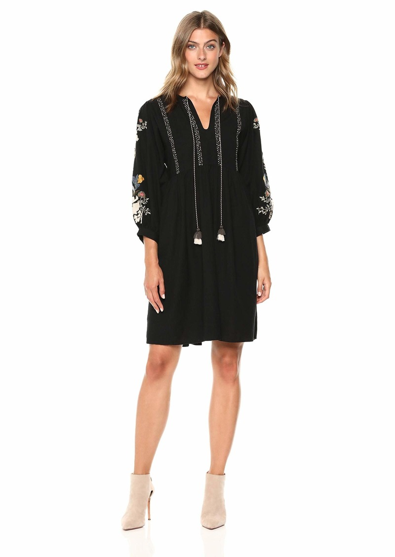 Velvet by Graham & Spencer Women's Bettina Embroidered Dress  XL