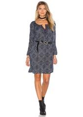 Velvet by Graham & Spencer Yani Long Sleeve Shift Dress