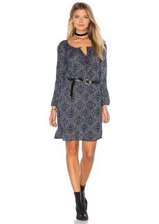 Velvet by Graham & Spencer Yani Long Sleeve Shift Dress