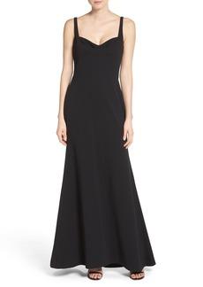 Vera Wang Body-Con Gown