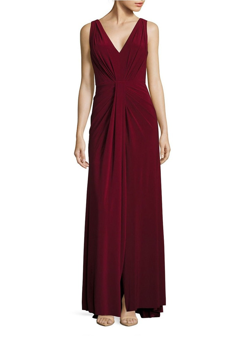 VERA WANG Sleeveless Pleated V-Neck A-Line Gown