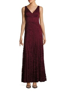 Vera Wang V-Neck Lace Gown