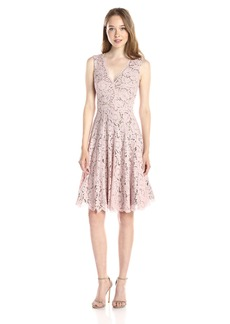 Vera Wang Women's Sleeveless Lace Cocktail Dress With Double V Neck