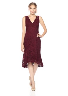 Vera Wang Women's Sleeveless V Neck Lace Cocktail Dress