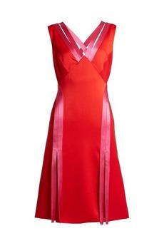 Versace Contrast-trim crepe dress