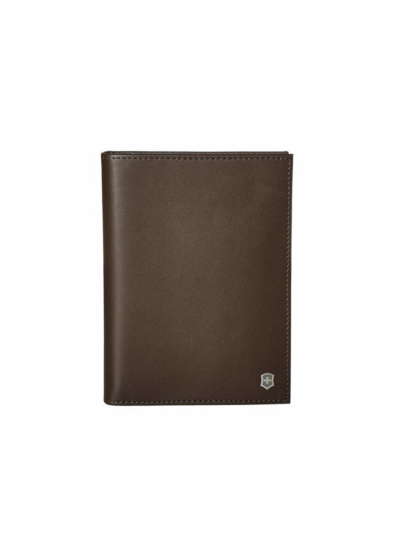 Victorinox Altius Edge Leibnitz Passport Cover w/ RFID