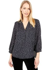 Vince Camuto 3/4 Sleeve Speckled Confetti V-Neck Blouse