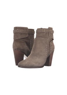 Vince Camuto Faythes