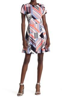 Vince Camuto Geometric Print Short Sleeve Scuba Dress