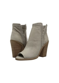 Vince Camuto Kemelly