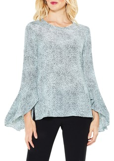 Vince Camuto Bell Sleeve Dashes Top
