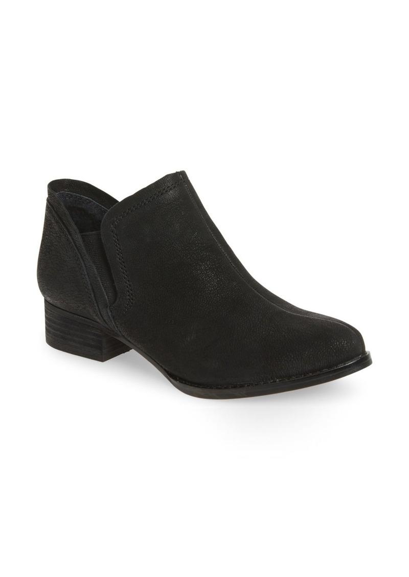 Vince Camuto 'Carlal' Block Heel Bootie (Women)