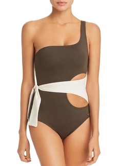 VINCE CAMUTO Color-Block Wrap One-Shoulder One Piece Swimsuit