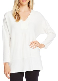 VINCE CAMUTO Cozy V-Neck Tunic