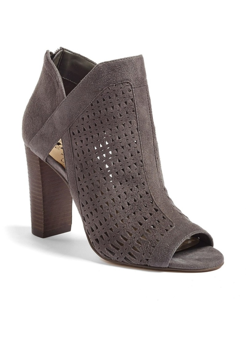 On Sale Today Vince Camuto Vince Camuto Cranita