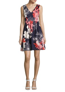VINCE CAMUTO Floral Space-Tucked Dress