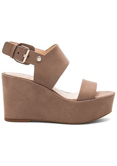 Vince Camuto Karlan Sandal in Taupe. - size 10 (also in 11,8.5,9.5)