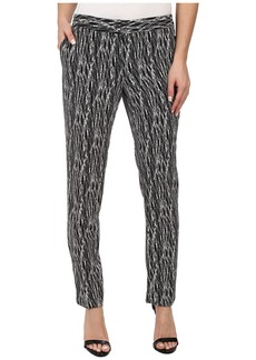 Vince Camuto Linear Scratches Skinny Ankle Pant