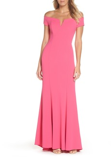 Vince Camuto Notched Off the Shoulder Trumpet Gown (Regular & Petite)
