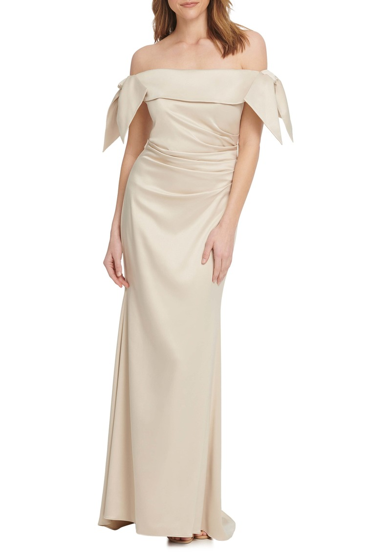 Vince Camuto Off the Shoulder Ruched Trumpet Gown