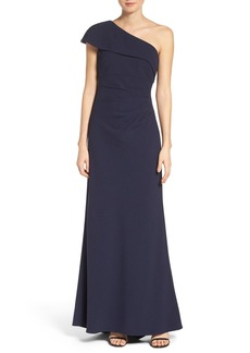 Vince Camuto One-Shoulder Crepe Gown