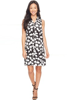 Vince Camuto Sleeveless Elegant Blossom Invert Pleat Dress