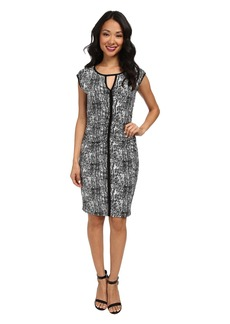 Vince Camuto Sleeveless Texture Etching Keyhole Dress