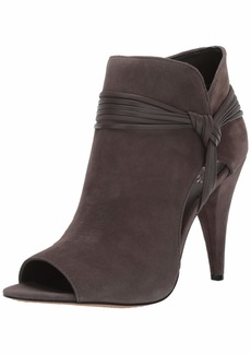 Vince Camuto Women's Annavay Fashion Boot   M US