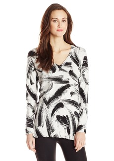 VINCE CAMUTO Women's Long Sleeve V-Neck Playful Strokes Print Sweater