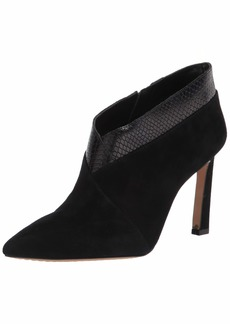 Vince Camuto Women's SEMPREN Pointed Ankle Boot