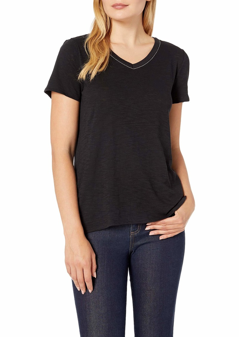 Vince Camuto Women's Short Sleeve Studded Chain V-Neck Tee