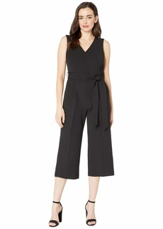 Vince Camuto Women's Sleeveless V-Neck Cropped Jumpsuit