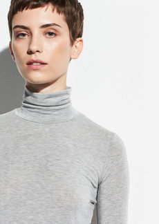 Vince Essential Slim Turtleneck